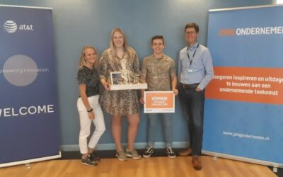 Student Company Social Knitwork wint AT&T Agility Challenge